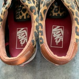 Vans Shoes - Vans leopard print with leather accent sneakers